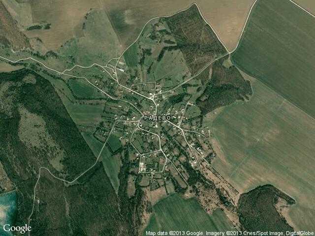 Сателитна карта на Радево