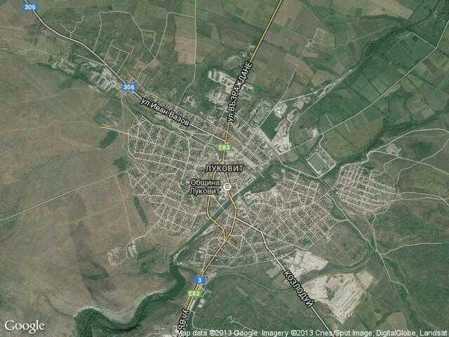 Сателитна карта на Луковит