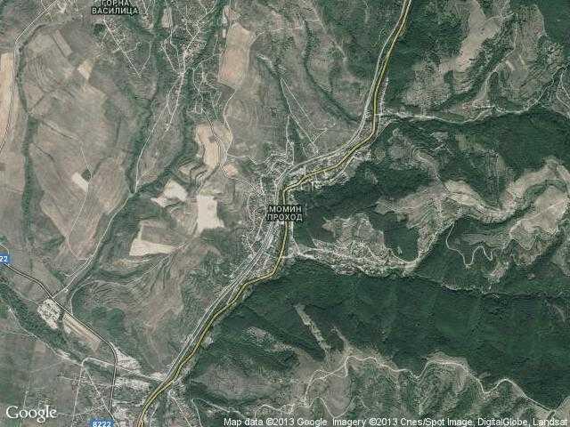 Сателитна карта на Момин проход