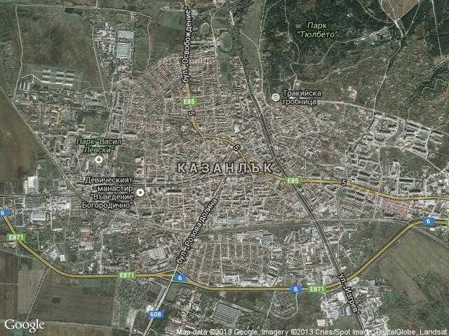 Сателитна карта на Казанлък